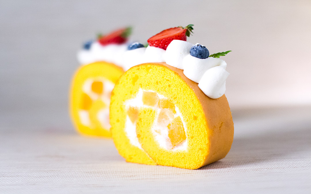 roll cake momo
